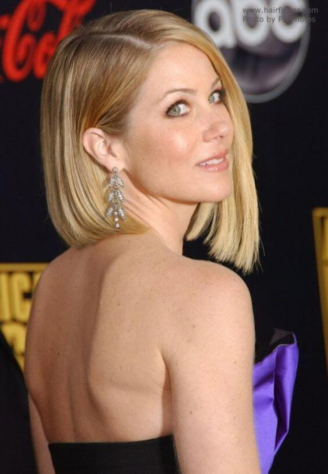 Christina Applegate Brustwarzen