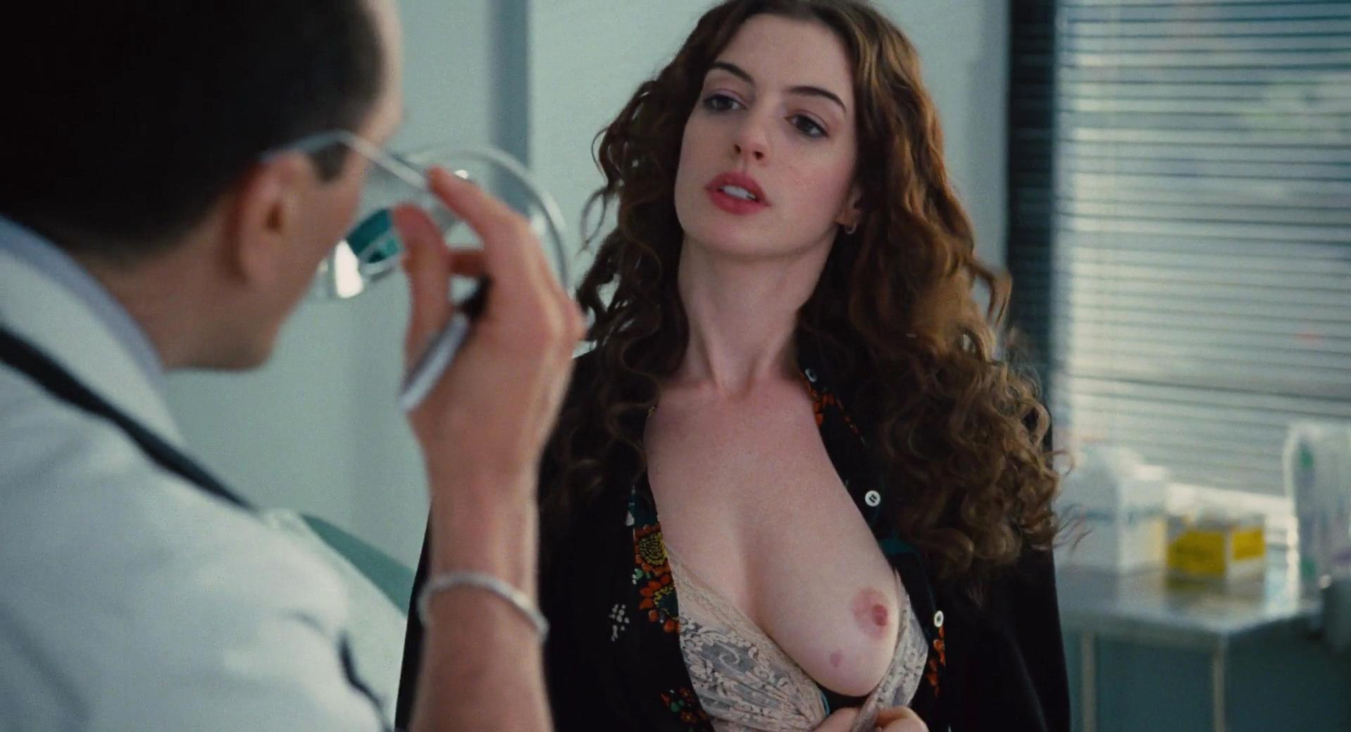 Anne Hathaway Nyde