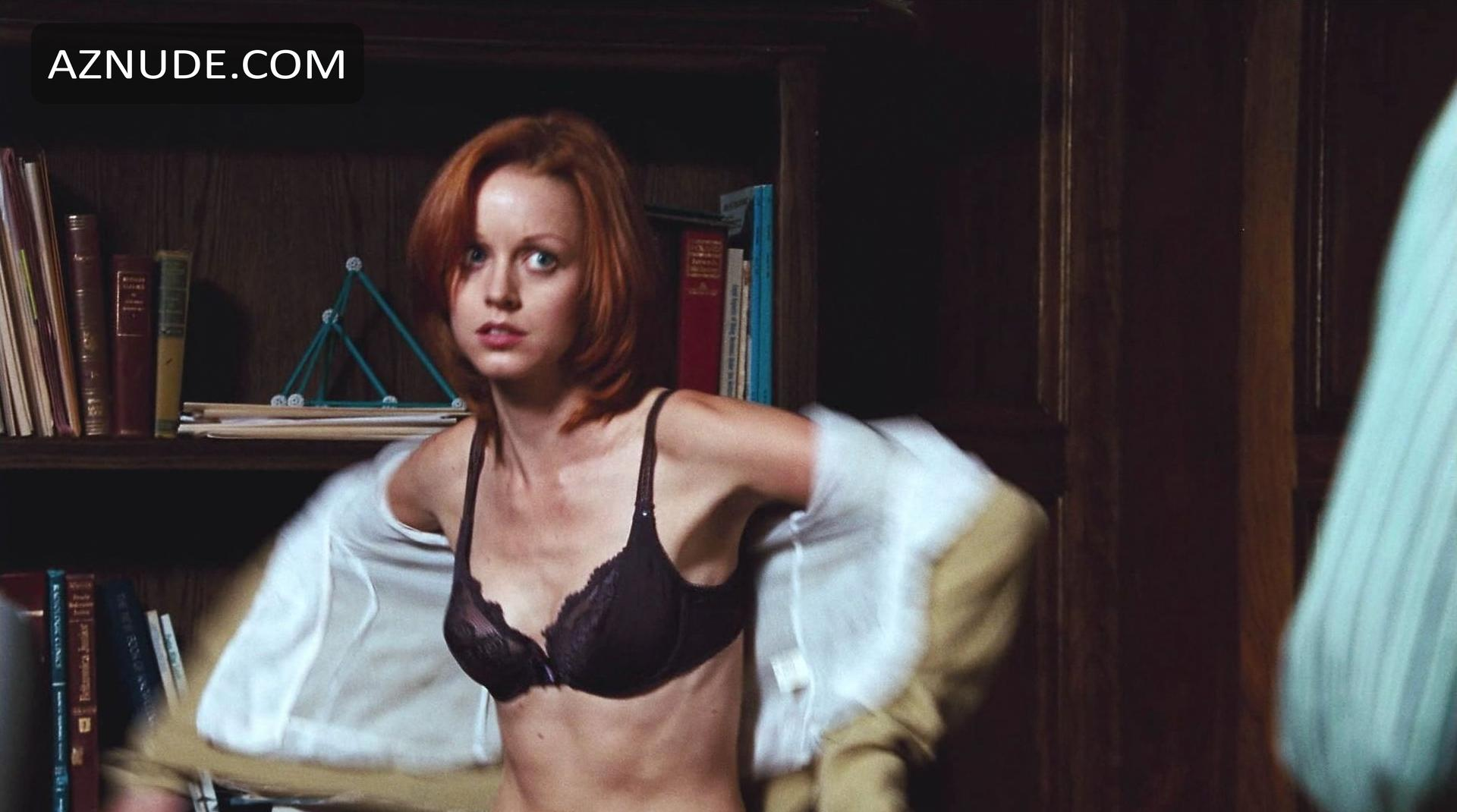 Lindy Booth Boobs foto 2
