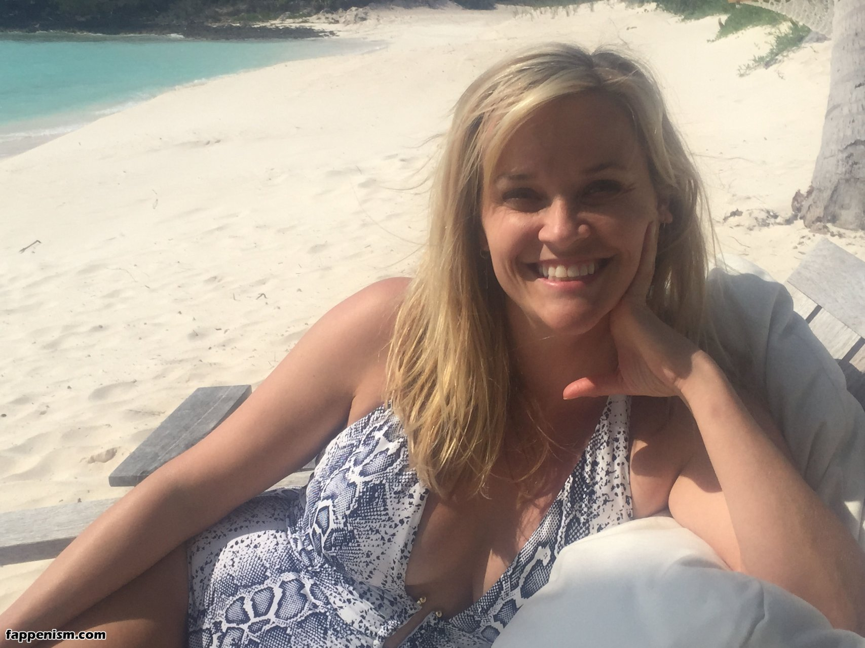 Reese Witherspoon Oben Ohne foto 2
